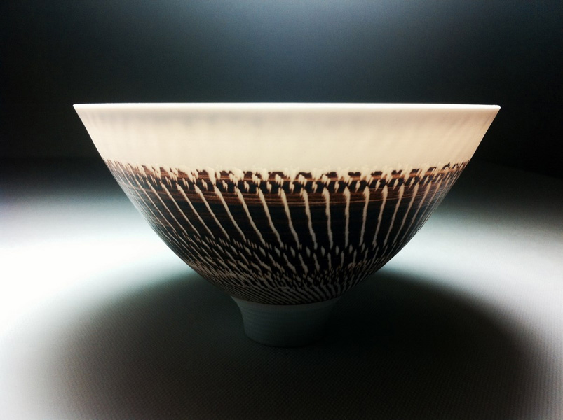 'Sea shells' porcelain bowl under lighting